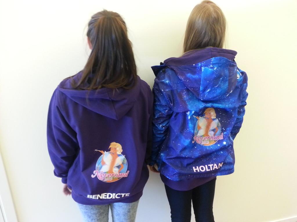 Hette genser og jakke http://www.themagictouch.no